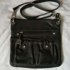Giani Bernini black leather crossbody shoulder bag
